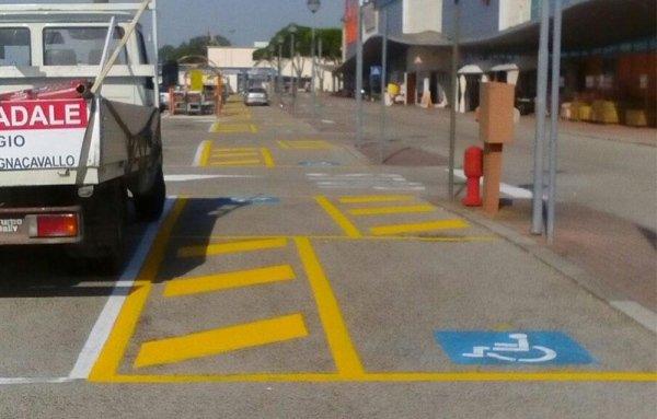 Segnaletica Orizzontale per aree di parcheggio
