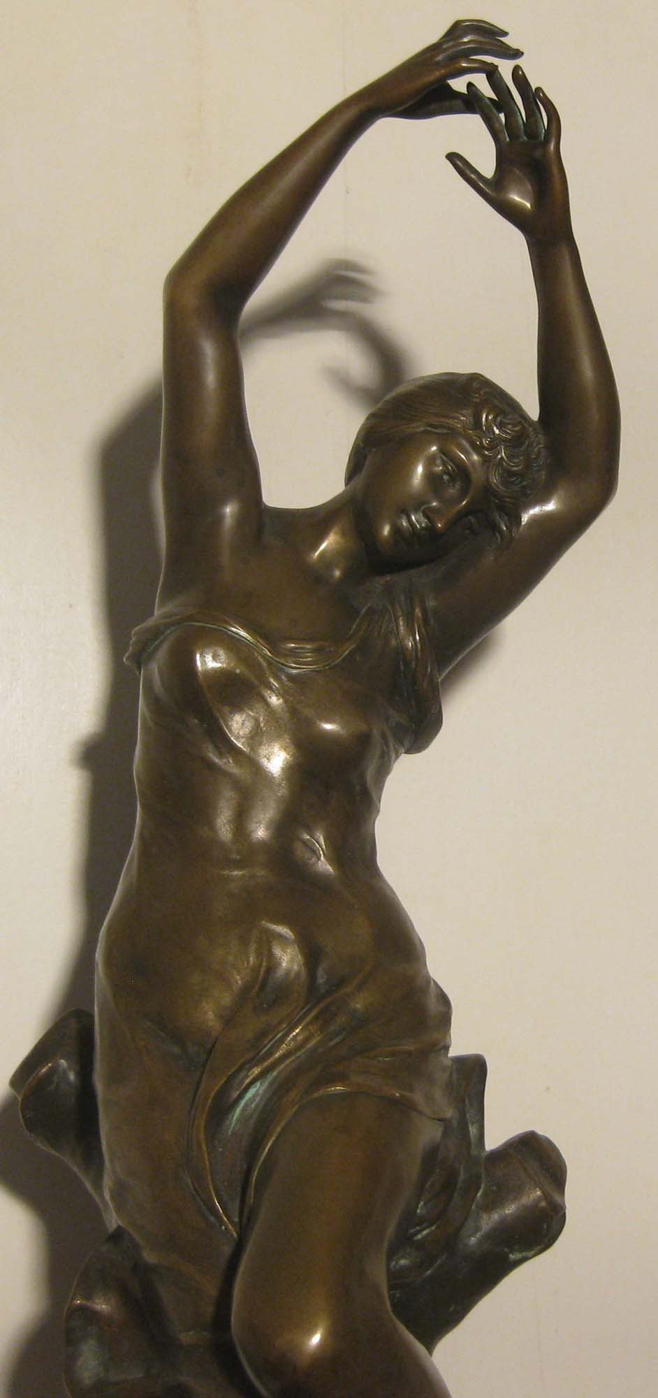 galerie-bosetti-antiquites, sculpture bronze L. MADRASSI Sculpture détail corps
