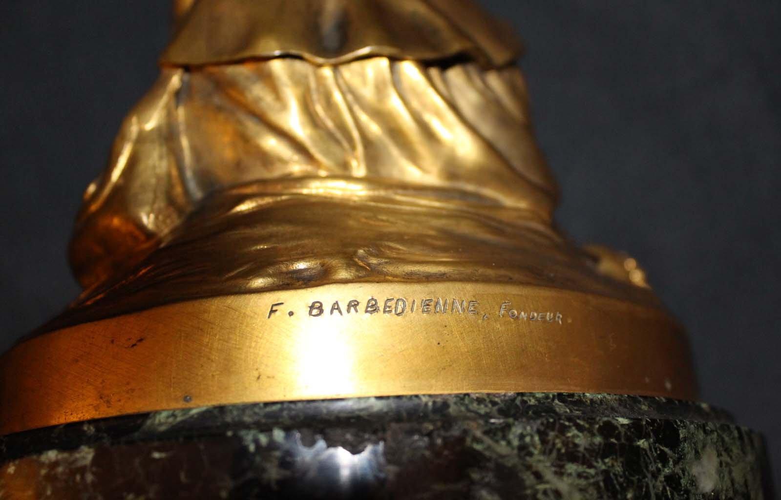galerie-bosetti-antiquites sculpture Jeanne d'Arc, marque BARBEDIENNE