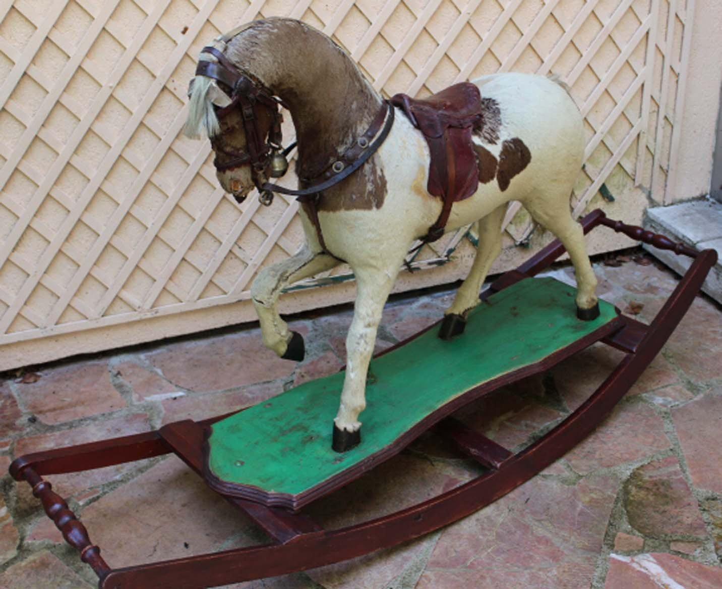 galerie-bosetti-antiquites, cheval à bascule