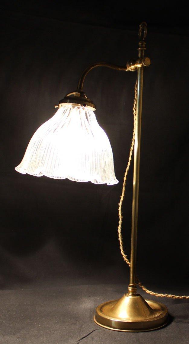 galerie-bosetti-antiquites,lampe bureau, allumée profil gauche