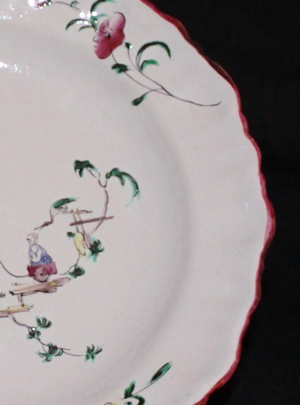 galerie-bosetti-antiquites MOUSTIERS 18ème décor de chinois, détail aile