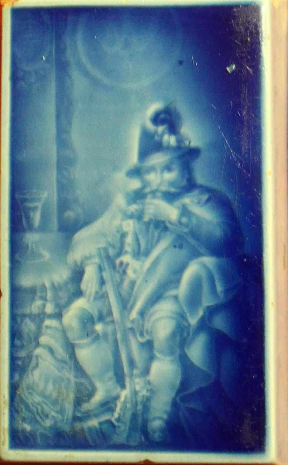 galerie-bosetti-antiquites RUBELLES vers 1842 presse papier camaïeu bleu