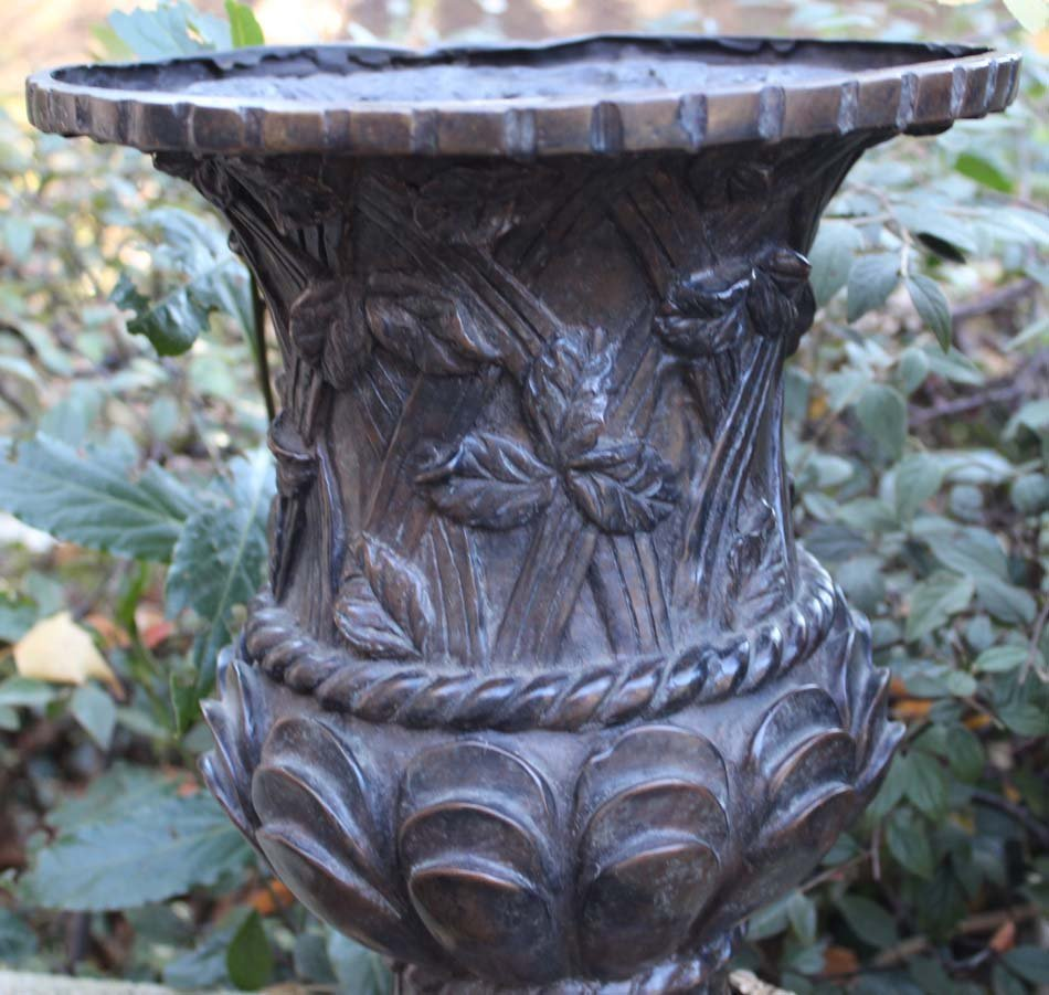 galerie-bosetti-antiquites vases Napoléon III treillage et feuillage