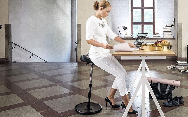Sgabelli ergonomici. beautiful sedia ergonomica sgabelli ergonomica