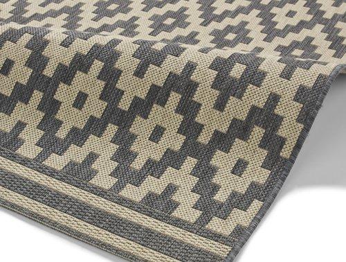 Grey & white color design carpet