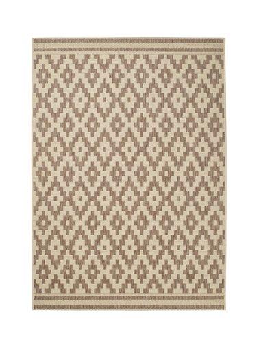 View of a rhombus design carpet