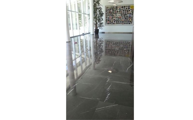 rifacimento pavimentazione marmo
