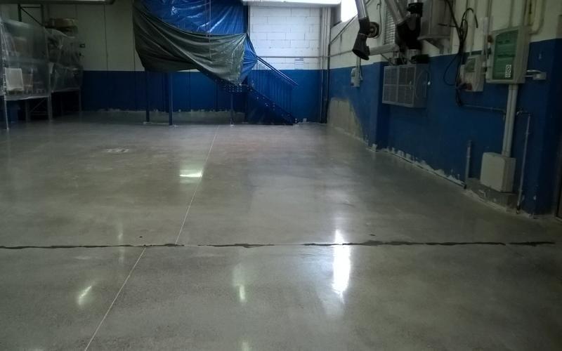 levigatura superficie cemento
