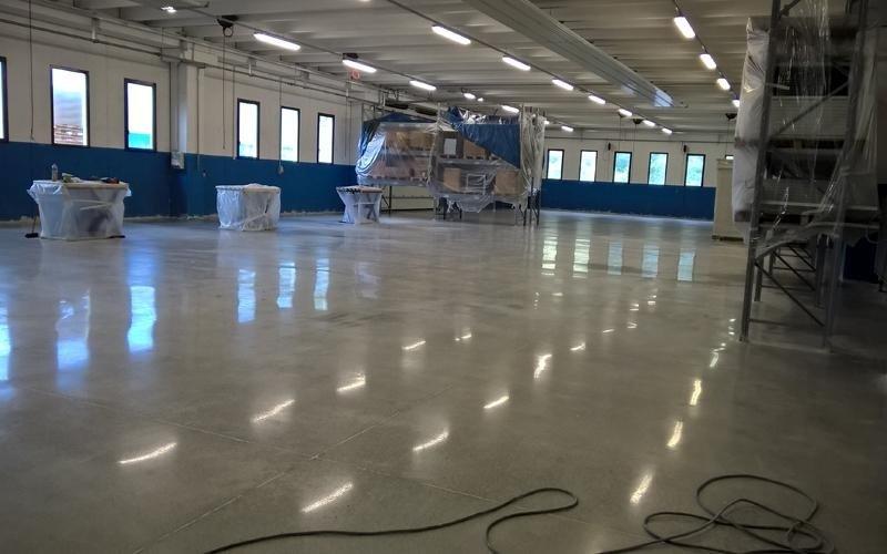 lucidatura pavimentazione cemento