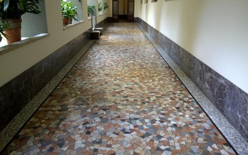 pavimenti corridoi granito