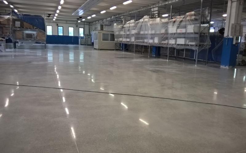 rifacimento pavimenti magazzini