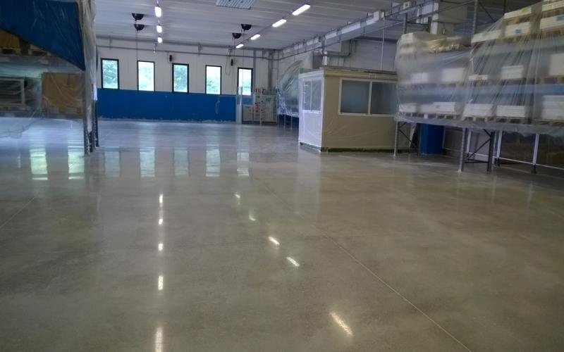 pavimento in cemento industriale