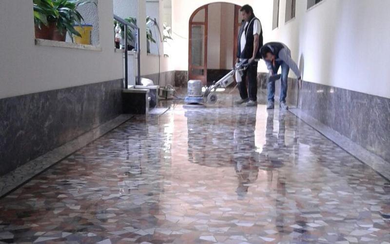 servizio levigatura pavimento in granito