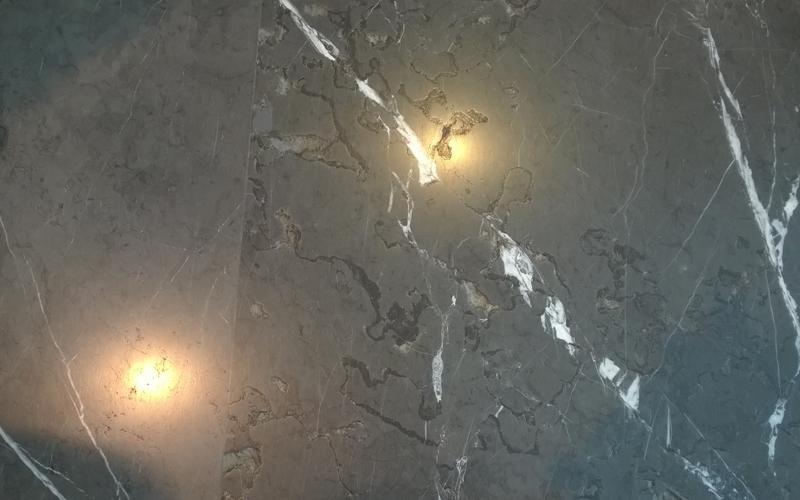 pavimento marmo specchio
