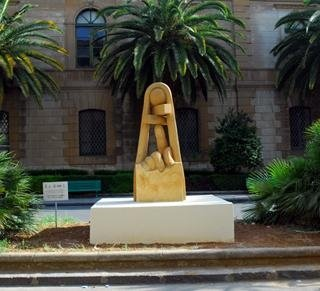 scultura in pietra