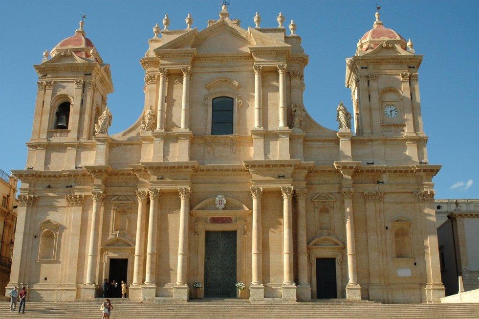 realizzazione chiesa di noto