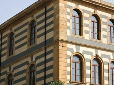 Palace stone coating