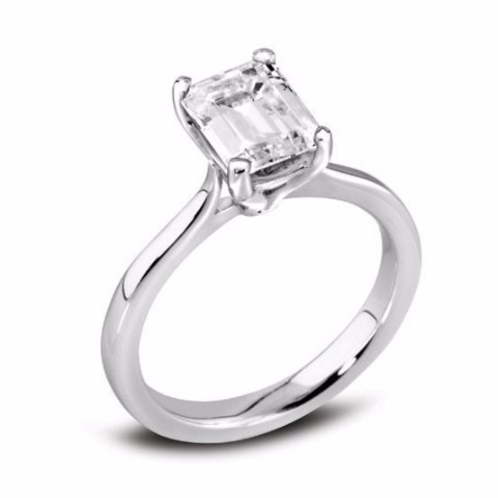 High-quality Solitaire Engagement Ring
