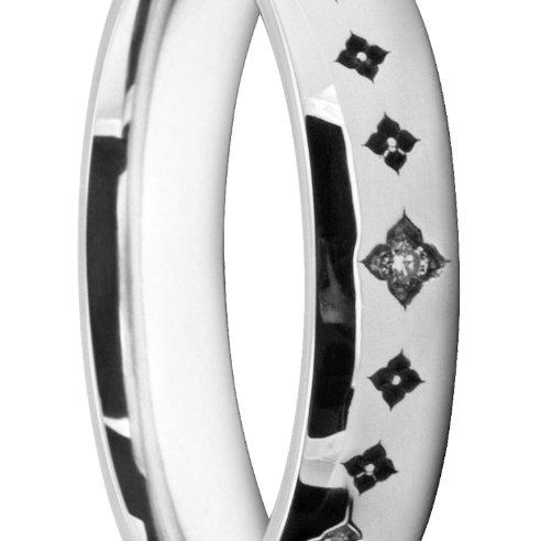 Stunning Ladies' Wedding Ring