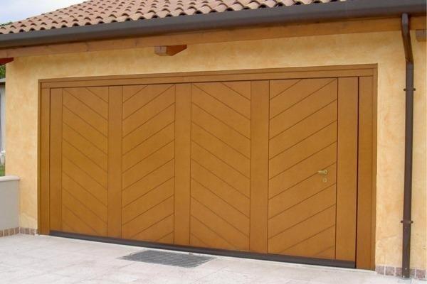 rivestimento in legno per box
