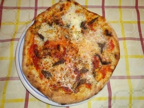 pizza alle acciughe