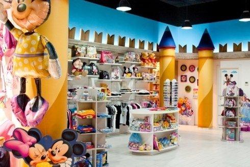 arredamenti per negozio di abbigliamento per bambini Ascoli Piceno
