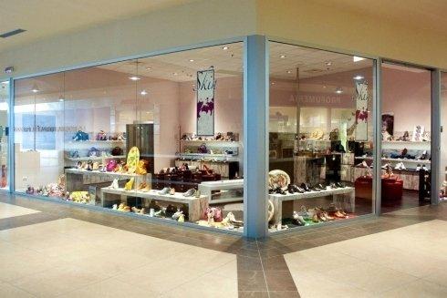 arredamenti per negozi di calzature Ascoli Piceno