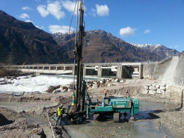 opera fluviale per canalizzazione