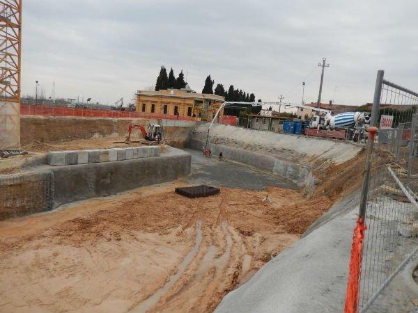 costruzione di poera fliviale
