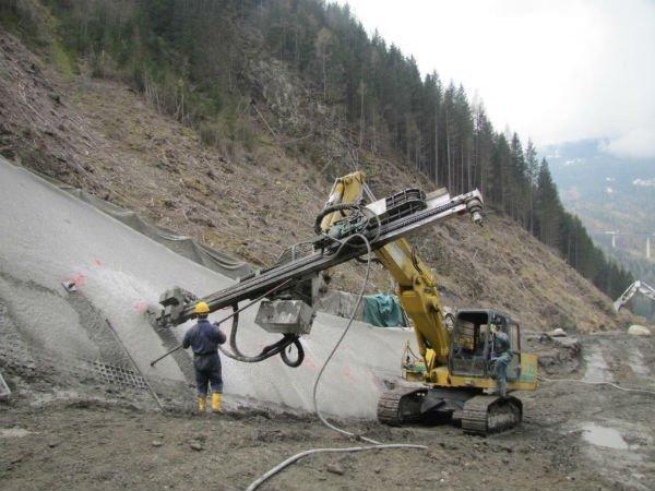 costruzione di traforo per autostrada Brennero