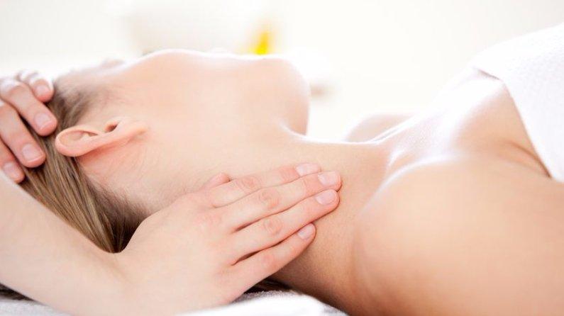 """<img src=""""massage_neck_pain.jpg""""width=""""848"""" height=""""565"""" alt=""""Neck Pain""""/>"""