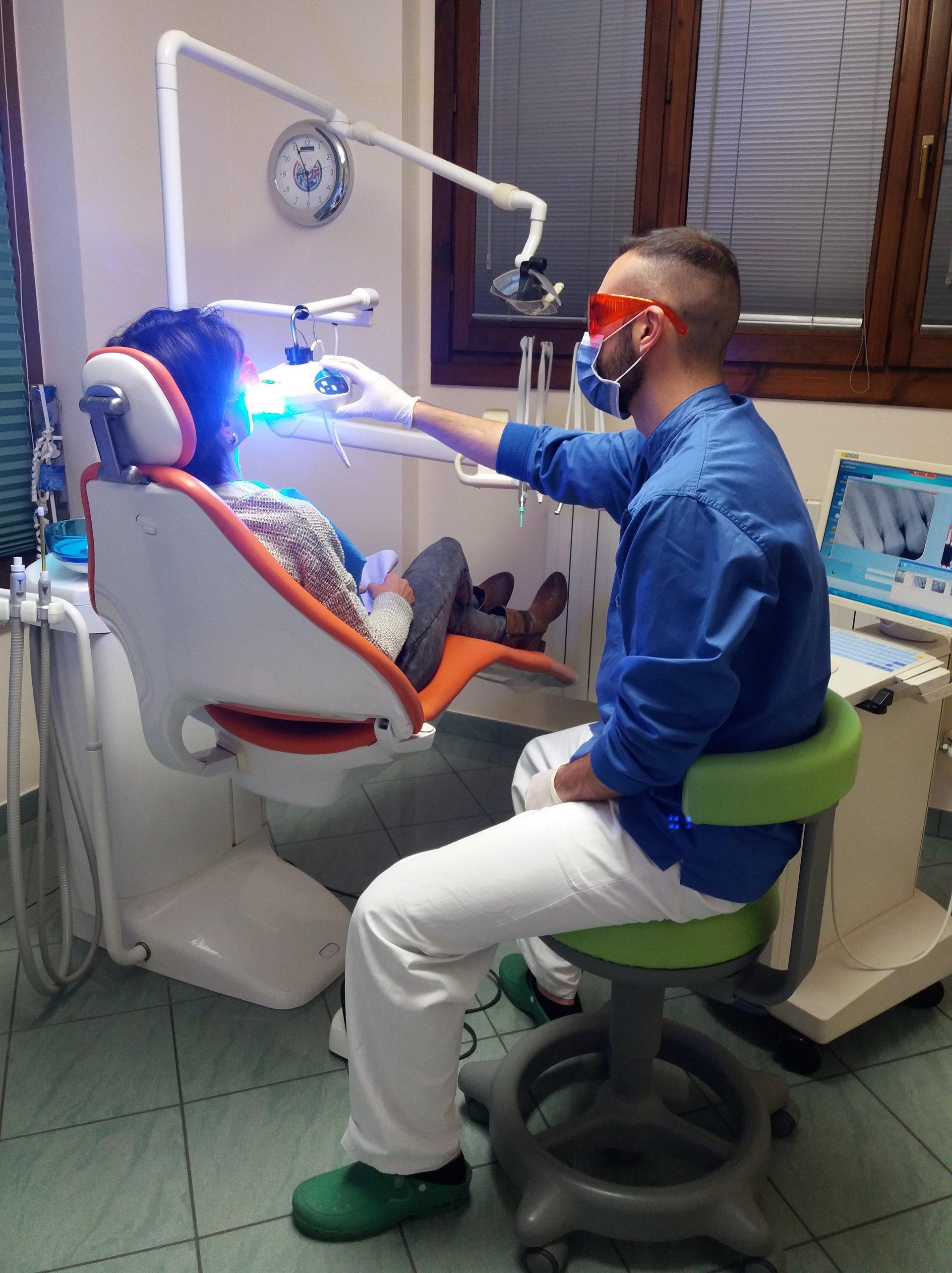 Dentista protesi estetiche