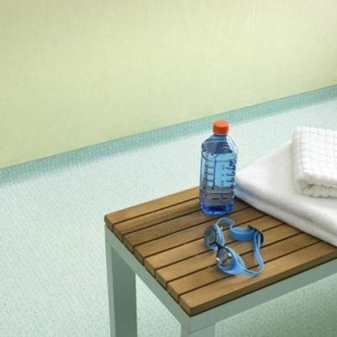 pavimento per piscina