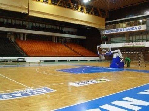 pavimento per campo da basket