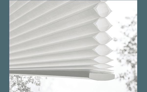 dettaglio Tende a plissè bianca