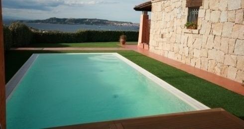 erbetta bordo piscina