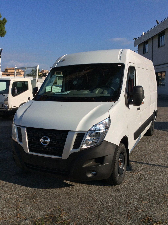veicoli Nissan