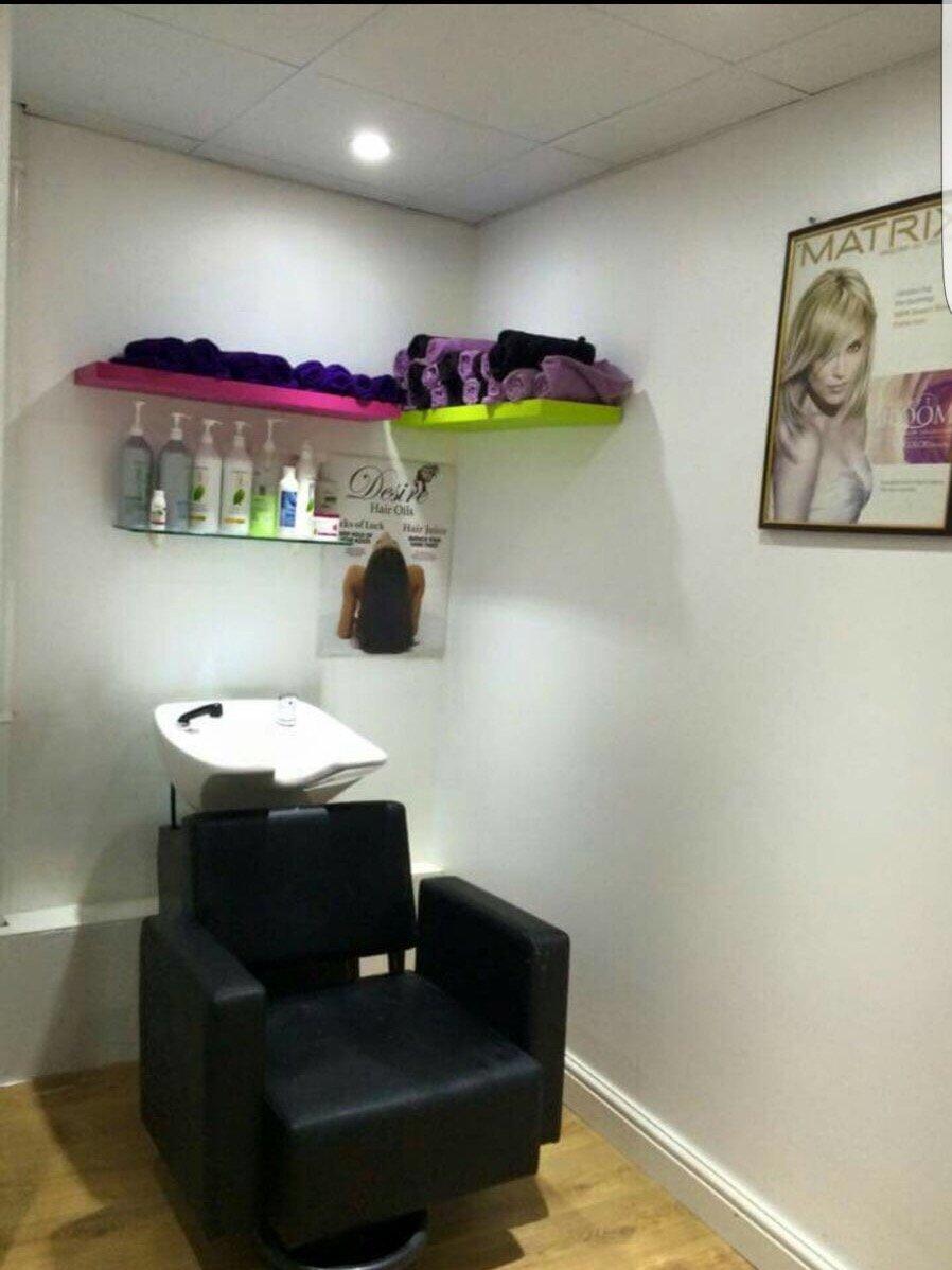 hair wash seating