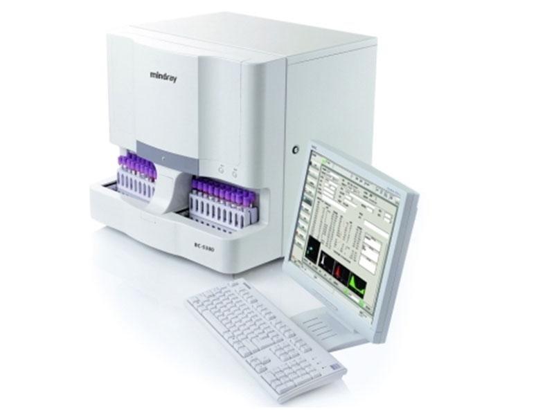analizzatore per clinica chimica