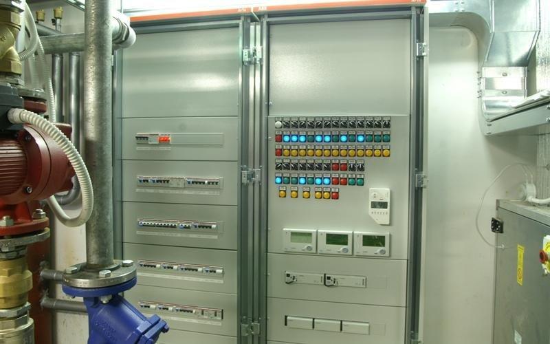 sistemazione impianti elettrici