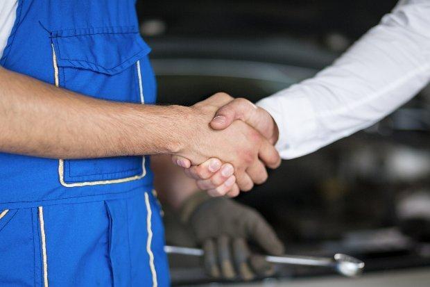 mechanic hand shake