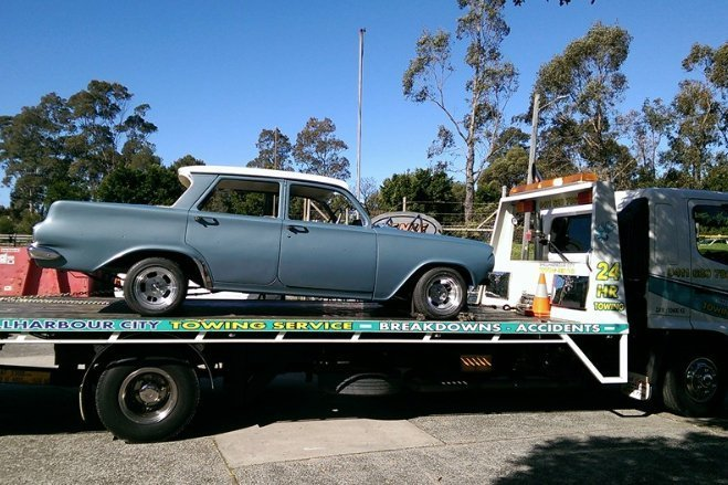 towing vintage car