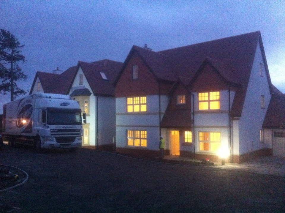 moving house - business moves - full packing - large house moves - small house moves - national relocations - international relocations - relocation services - local removal company