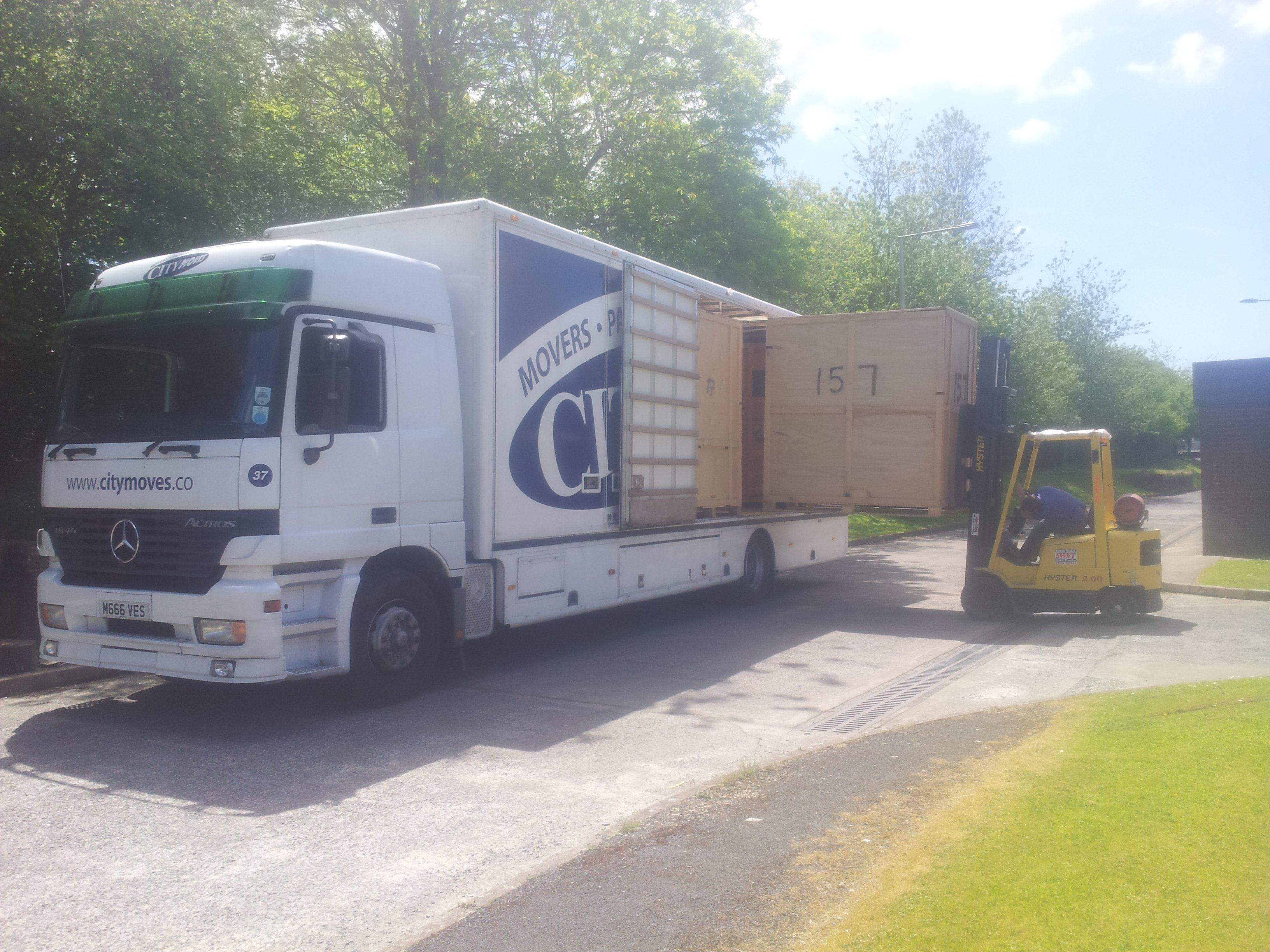 moving house - business moves - full packing - large house moves - small house moves - national relocations - international relocations - relocation services - local removal company - storage - indoor storage facility - storage containers - container storage