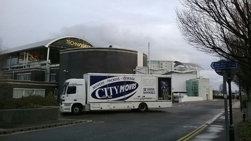 big removal lorry city moves