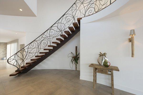 Custom Home wheelers hill staircase