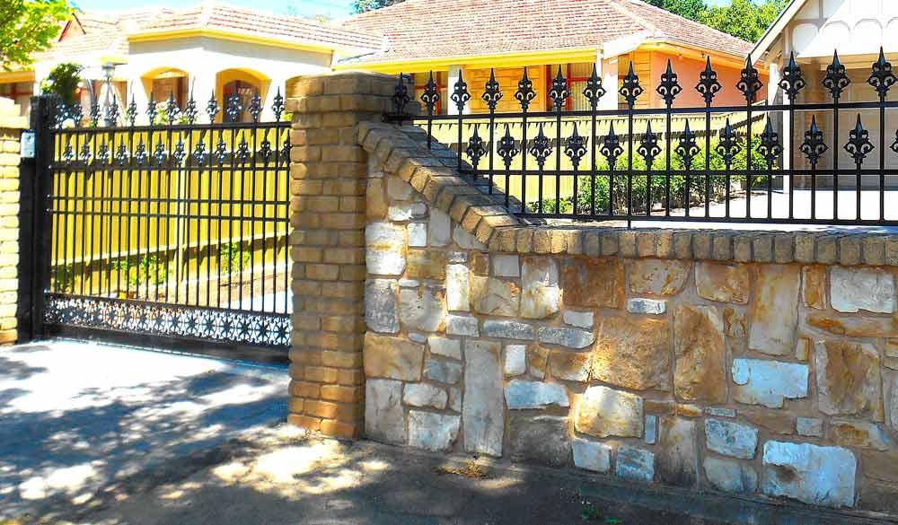 EUREKA AUTO SLIDE GATE WITH CUSTOM MADE PANELS