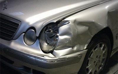 Riparazione fiancata Mercedes SW