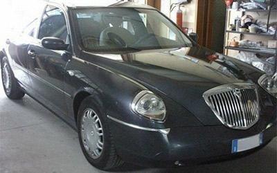 Lucidatura carrozzeria Lancia Thesis